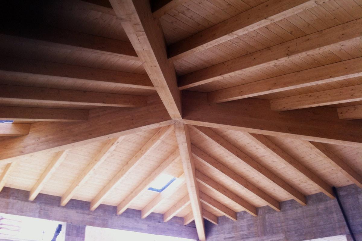 Tetti in legno di massima qualità realizzati da TC Tecnocoperture