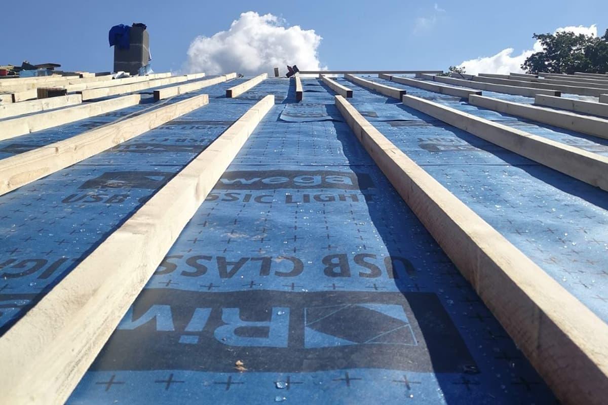 Costruzione di un tetto ventilato di qualità prodotto da TC Tecnocoperture