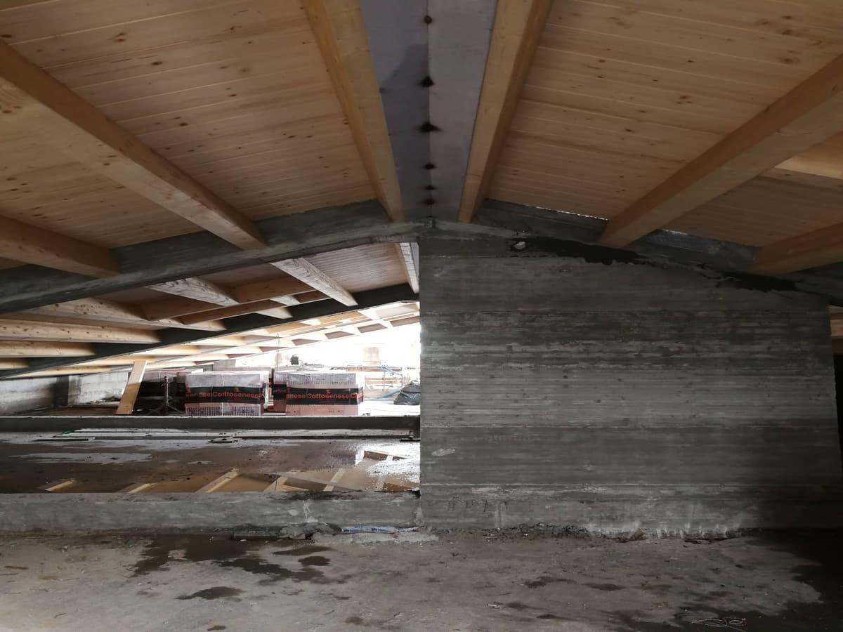 tetto in legno lamellare acciaio cemento
