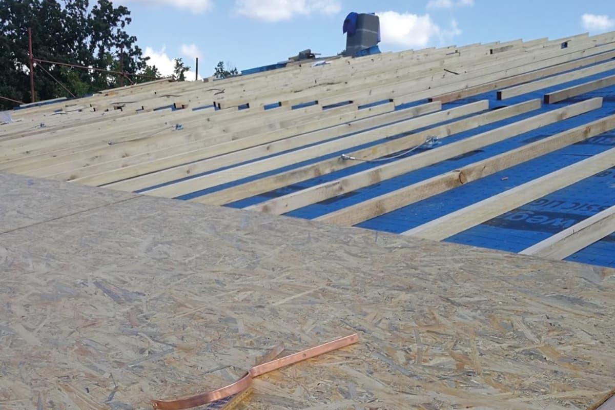 tetto ventilato legno lamellare