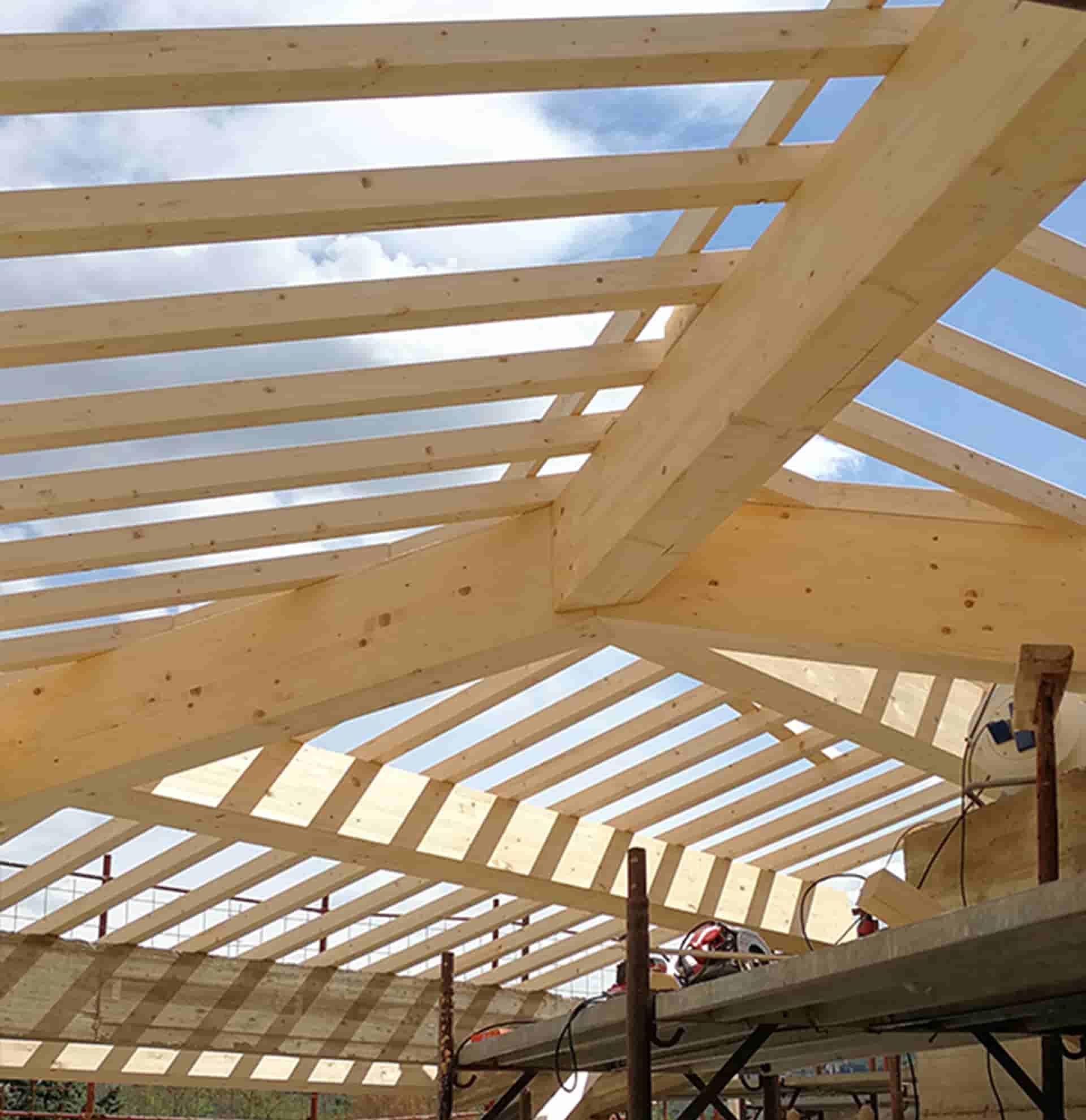 copertura in legno lamellare piallato a firenze