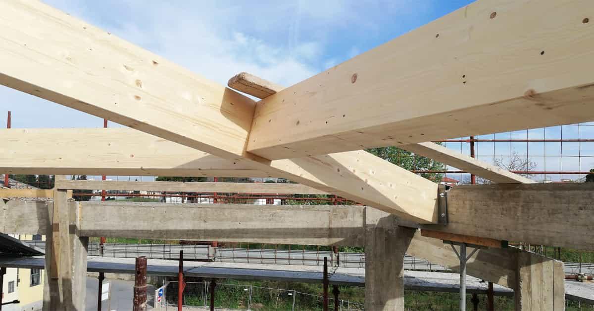 particolare connessioni tetti in legno