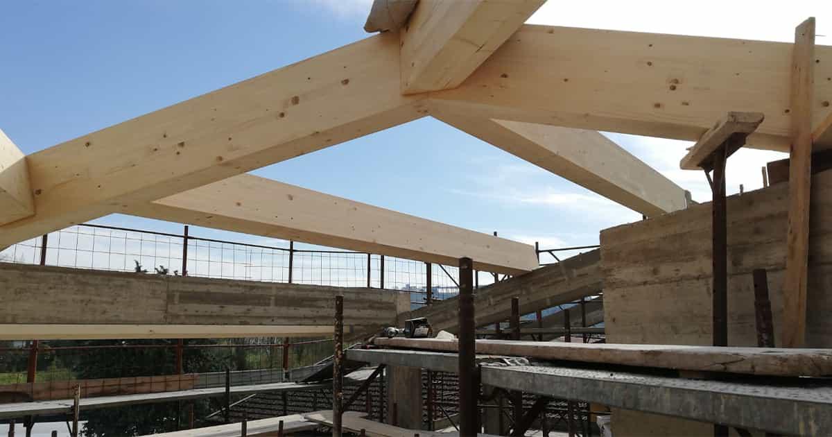 particolare connessioni tetto legno