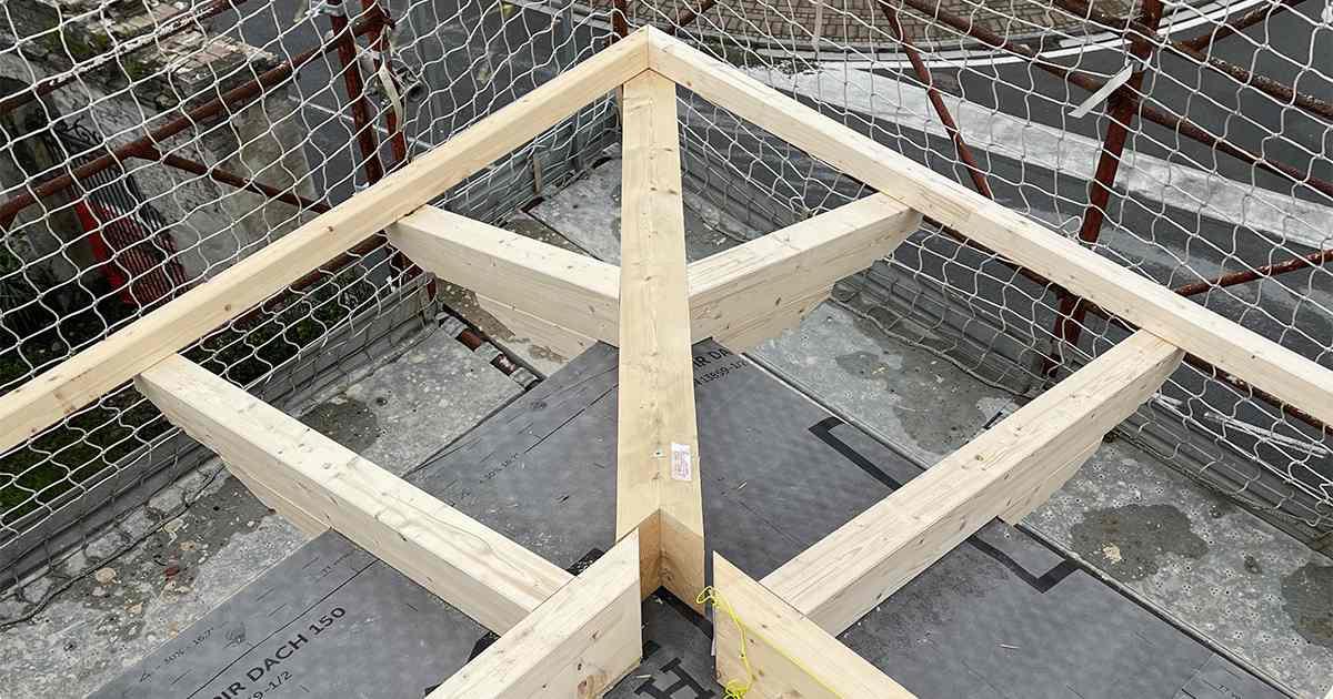 diagonale gronda in legno