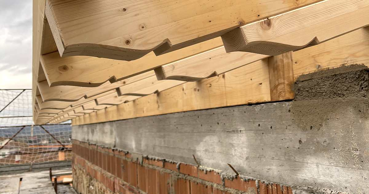 doppia gronda in legno lamellare trattato