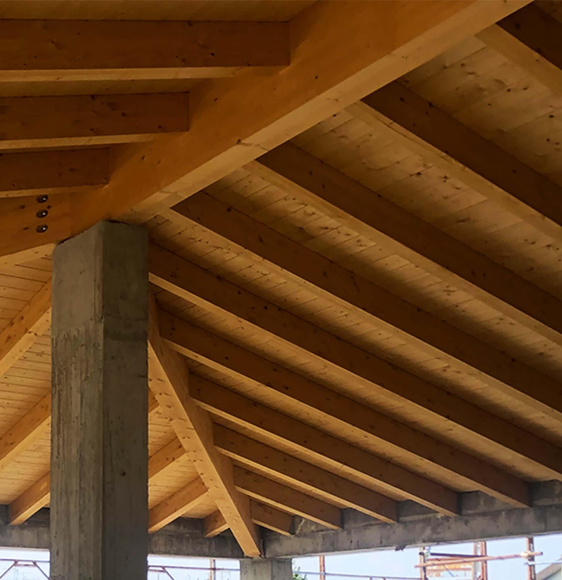tetto legno lamellare piallato a sesto fiorentino