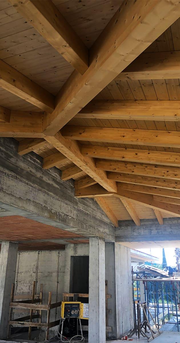 travature tetto legno lamellare