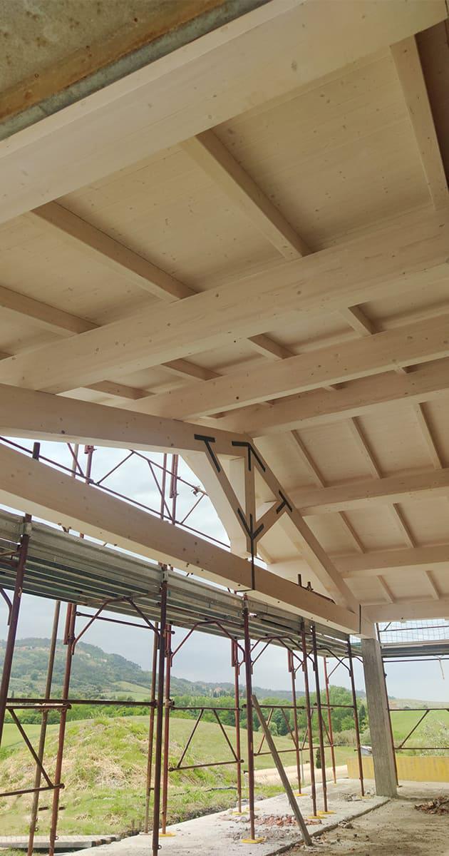 travature tetto in legno peccioli di Tecnocoperture